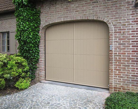 Portes de garage pour particuliers et entreprises l door for Porte de garage prix belgique